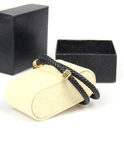 תמונה של צמיד עור לגבר צבע זהב