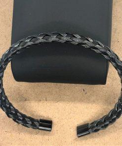 תמונה של צמידים לגבר בצבע שחור