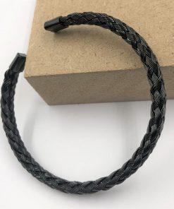 תמונה של צמידים לגבר פלדה יוקרתי בצבע שחור