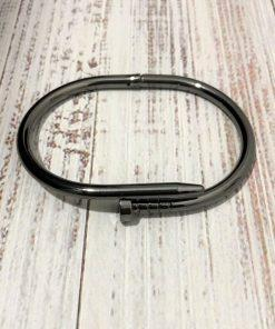 תמונה של צמיד פלדה לגבר בצבע שחור