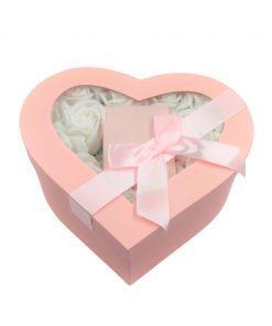 תמונה של מארז מתנה לאישה לב ורוד קטן