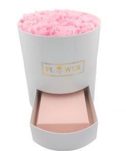 תמונה של מארז מתנה לאישה מגירה עם פרחי סבון ורודים