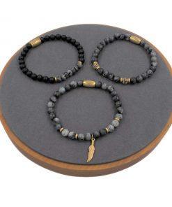 תמונה של סט שלושה צמידים מיוחד לגבר בצבעי שחור אפור